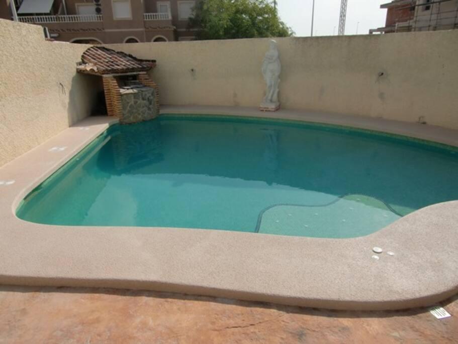 Casa con wifi jacuzzi y piscina maisons louer - Piscinas y jacuzzis ...
