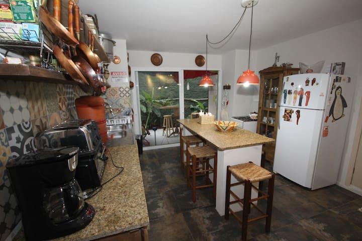 Hostel Pedala Curitiba - Curitiba - House