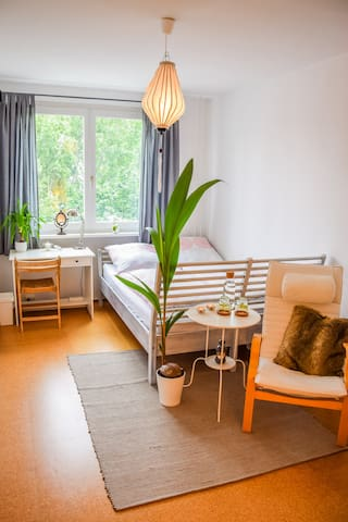 Cozy Room Centrally Located in Friedrichshain Area