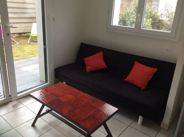Appartement avec terrasse/jardinet