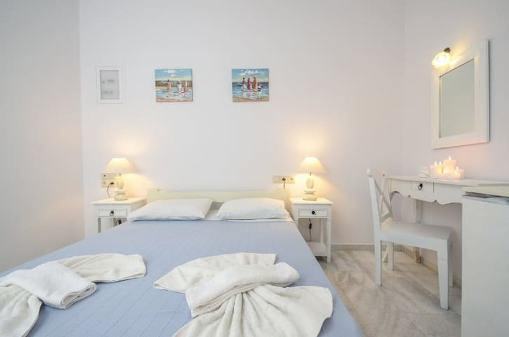 See Naxos Anna Cool studios beach 3 - Naxos - Byt