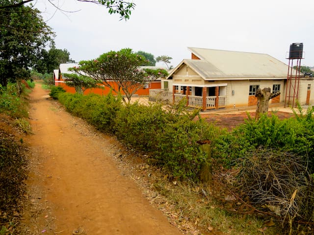 Charming Village Getaway - Kampala - Appartamento