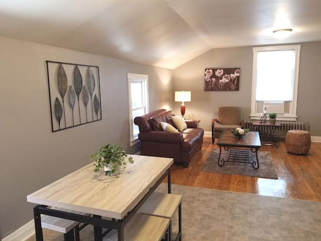 Awesome Lincoln Square  2 BR w/ parking