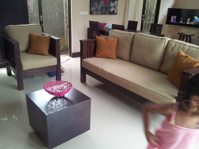Modern villa quiet residential area - Seminyak - Kerobokan - Casa