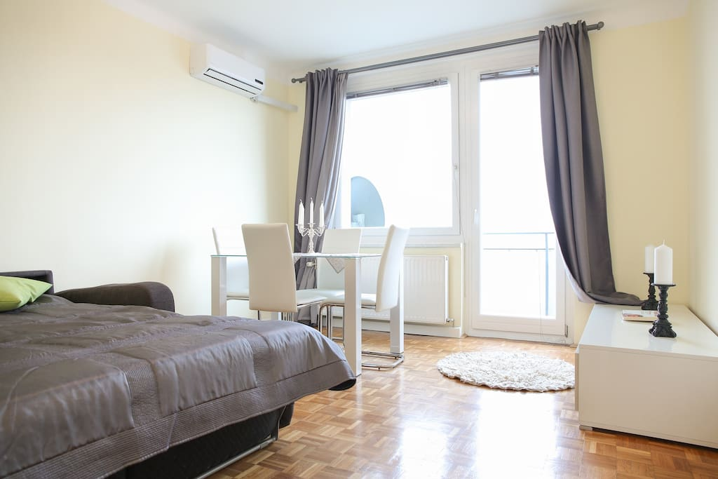gem tliches apartment mery flats for rent in vienna. Black Bedroom Furniture Sets. Home Design Ideas