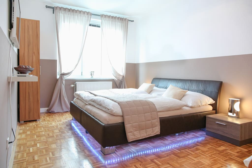gem tliches apartment mery apartments for rent in vienna. Black Bedroom Furniture Sets. Home Design Ideas
