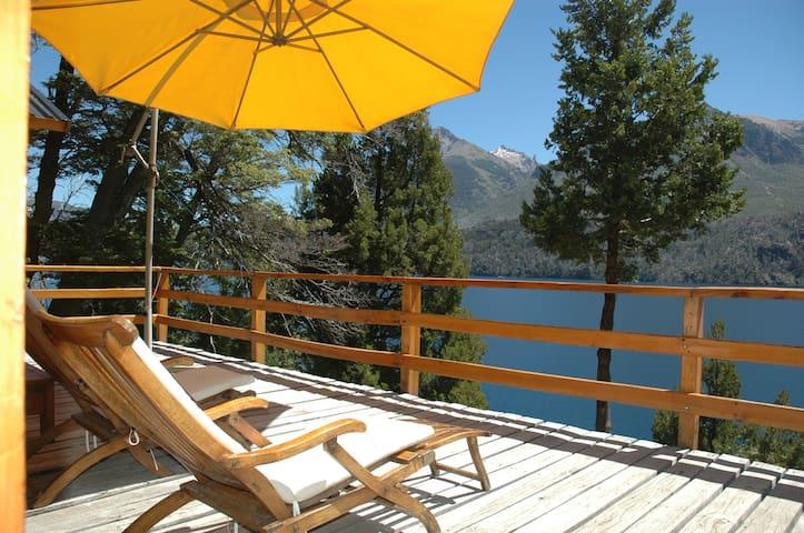 Lake Front Cottage. Great Views! - San Carlos de Bariloche - Hus