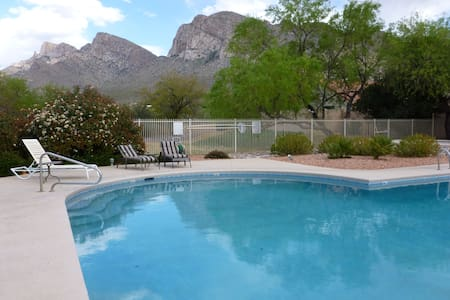 Mtn views, pool, breakfast, hot tub - Oro Valley - Rumah