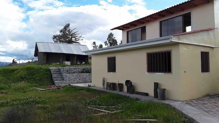 Casa de campo, espacio para excursión en Tacapamba