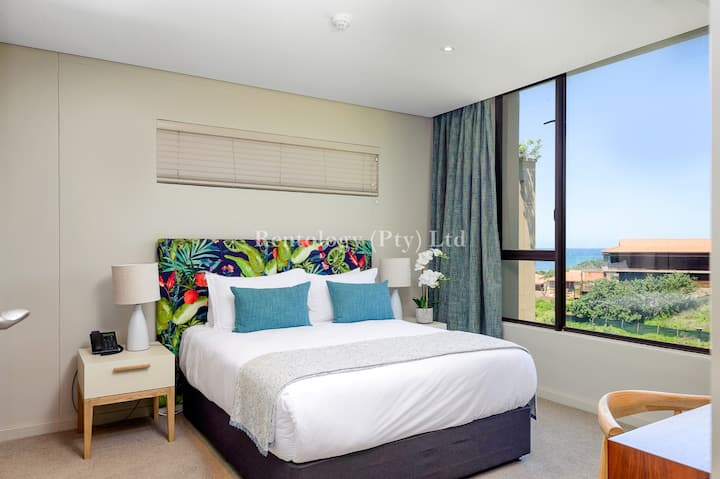 Luxurious 2 Bed Zimbali Suites Sea View