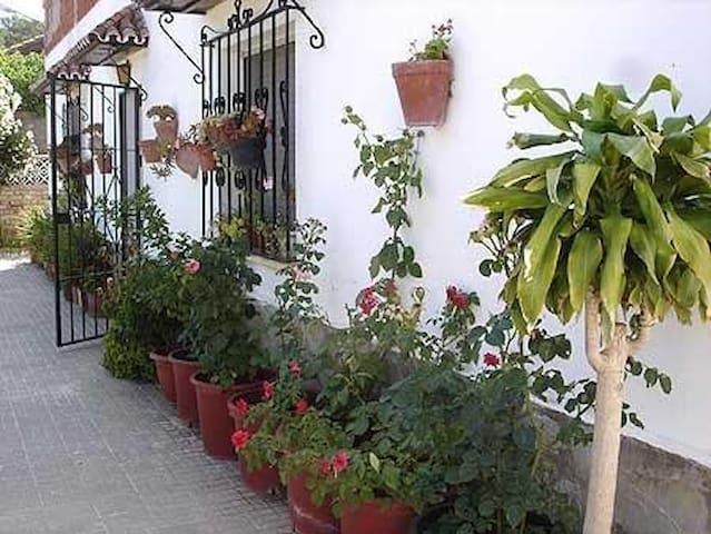 Amplia Casa Rural en la naturaleza Tarifa