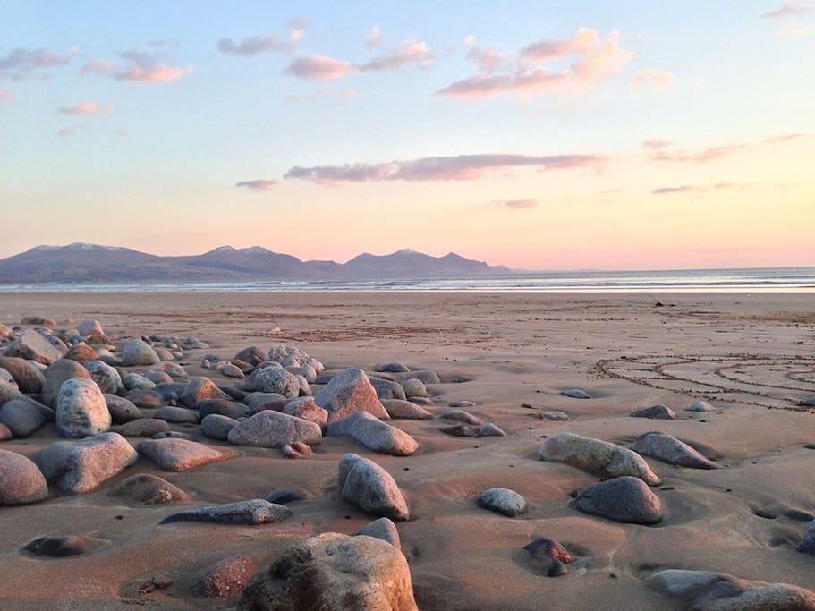 Stunning Dinas Dinlle beach less than 1 minutes walk away.