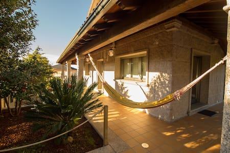 Casa 9 plazas con piscina cubierta - Valga