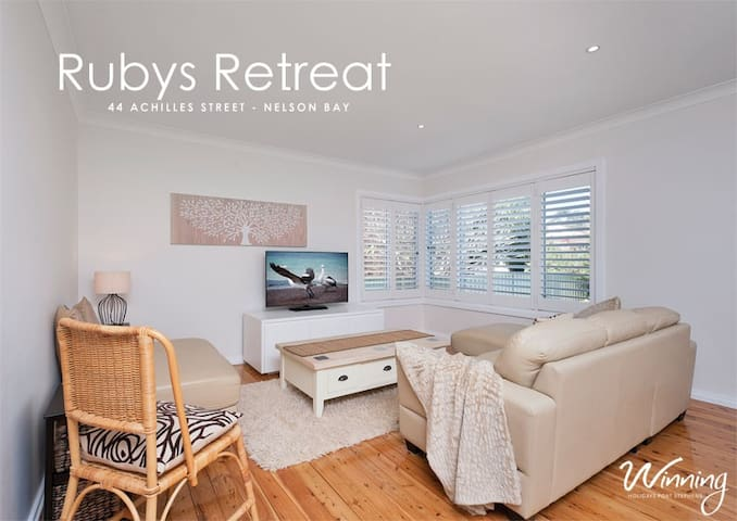 Ruby's Retreat - Nelson Bay - House