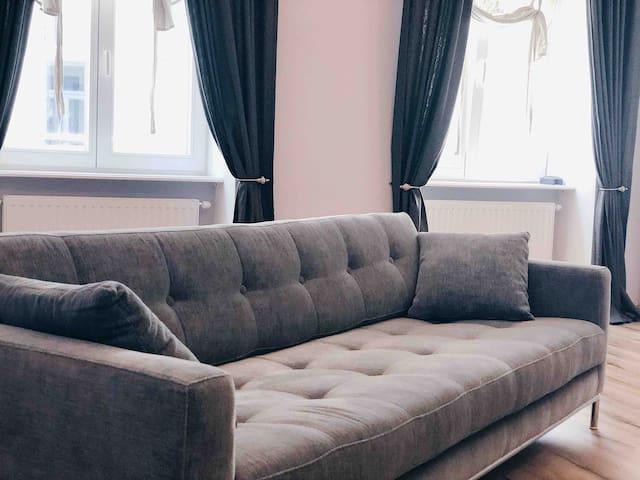 Beautiful flat near Stadtpark/3 min to Stephansdom