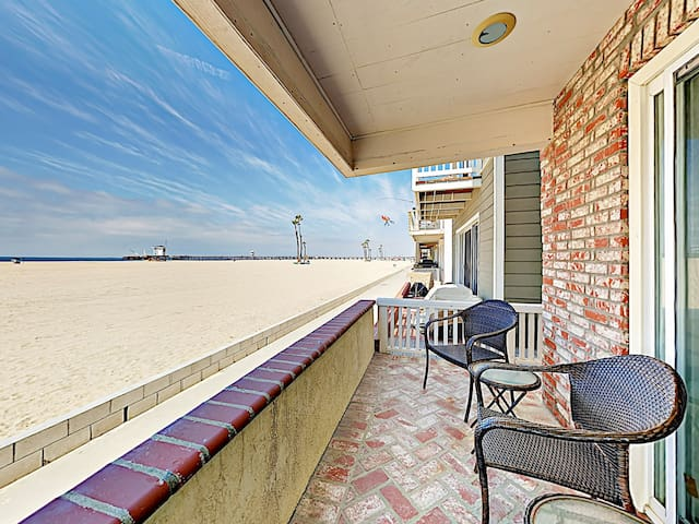 Prime Oceanfront 3BR in Seal Beach