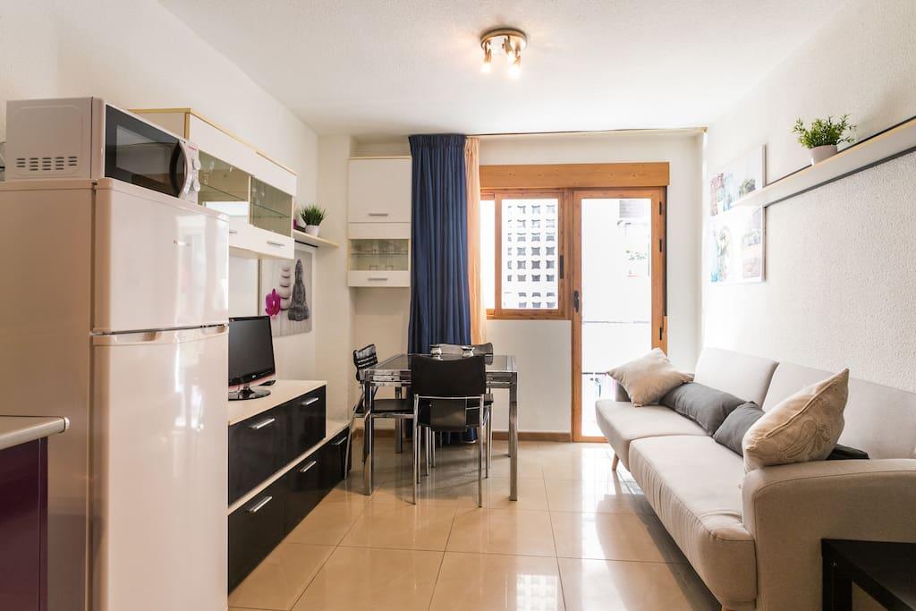 Apartamento en el centro a un minuto de la playa apartamentos en alquiler en benidorm - Alquiler de apartamentos en benidorm particulares ...