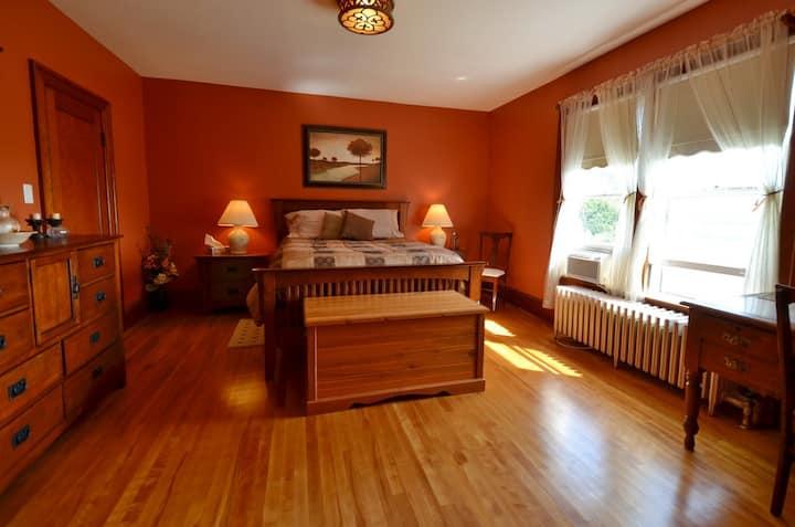 Bishop's Rest Bed & Breakfast -Combo Rooms