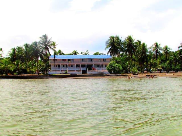 Hotel Galeón Un paraíso a tu alcance - Buenaventura - Retkeilymaja