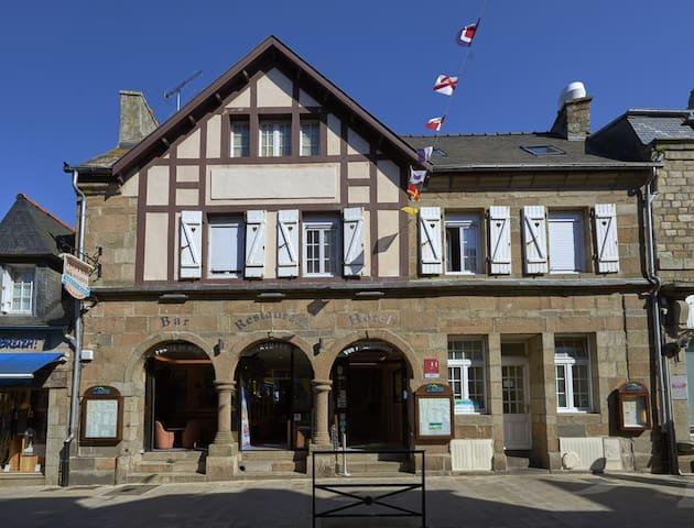 Chambre triple centre ville Roscoff