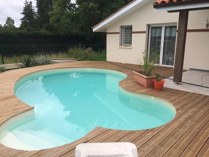 chambre barock de 14m2,  au calme avec piscine