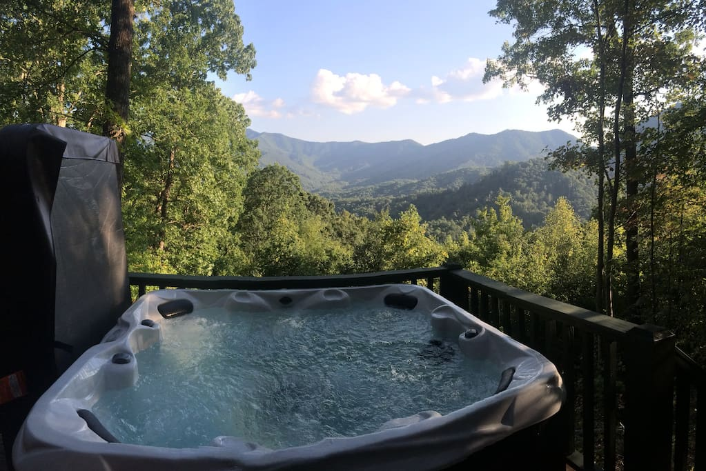 Welcome to Mountain Dream - View from hot tub on deck