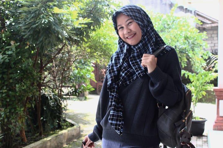 Sanggar Seni Sunda - Bogor - House