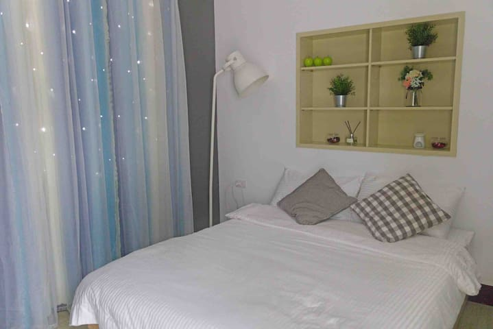 Room#3乾淨舒適 私人衛浴 步行3分鐘到信義安和捷運站 步行15分鐘到台北101