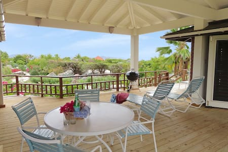 Beso del Sol - 2BR villa in close to the beach