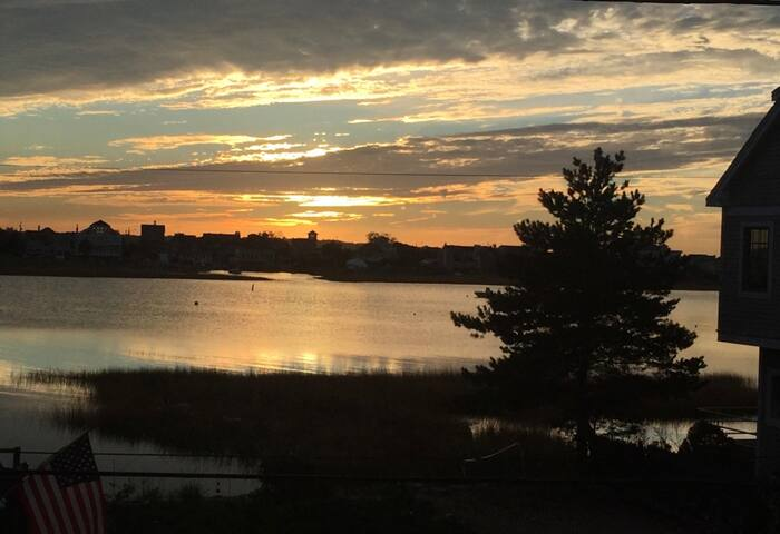 2BR on PI Tidal Basin, +SUNSETS! Only 3 WEEKS LEFT - Newburyport - House
