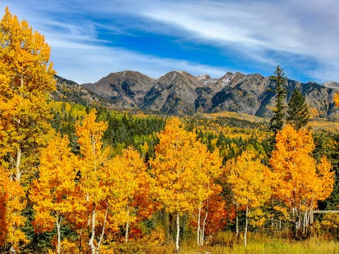 Fall Color Dates Still Available!!  9/27-10/01