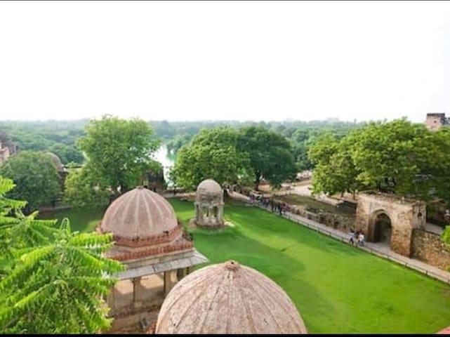 Roof Top @ Hauz Khas Village