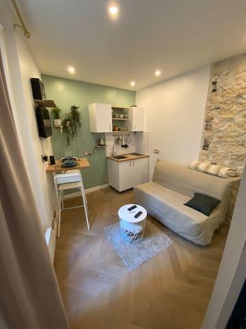 Petit Studio au cœur de Montmartre