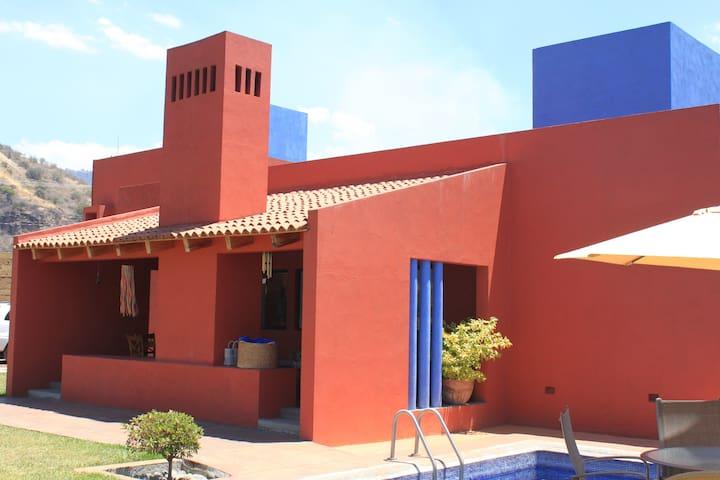 Beautiful House near  downtown Malinalco.