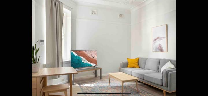 Bright & convenient in the heart of Kings Cross