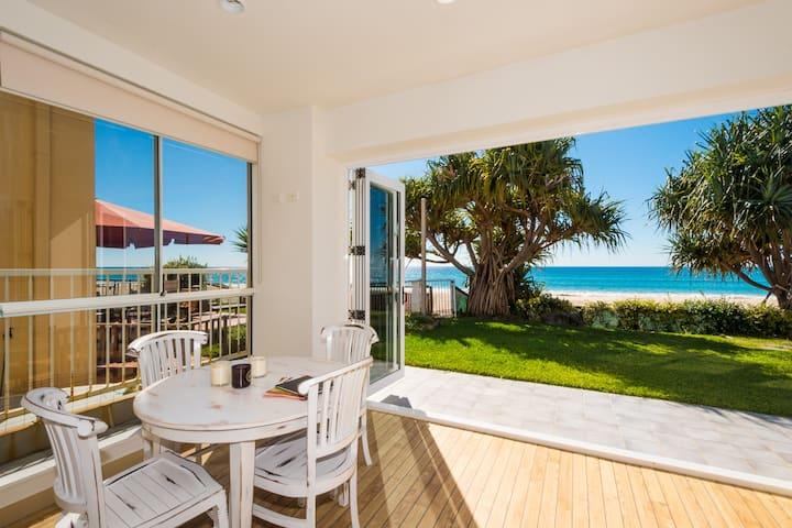 Palm Beach Beachfront Beach House
