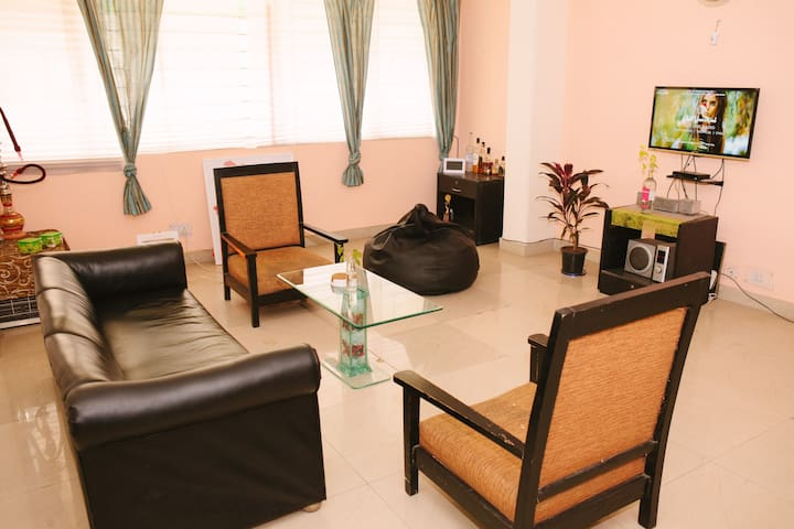 Chill House, Vasant Kunj - New Delhi - Apartment