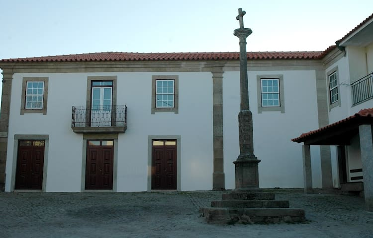 Casa dos Lagares de Vara e Pedra (B&B) - Vila Flor