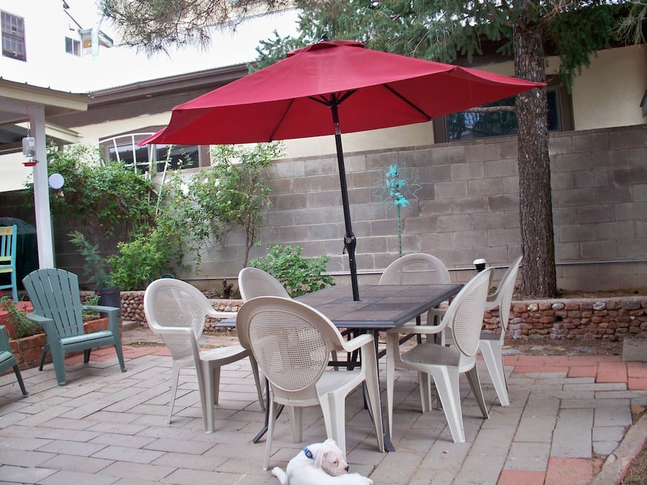 Fenced courtyard offers privacy and safety for big and small dogs and children.  And it is great for adults, too.