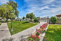 Inside the Arroyo Verde community, you will be provided amenities.