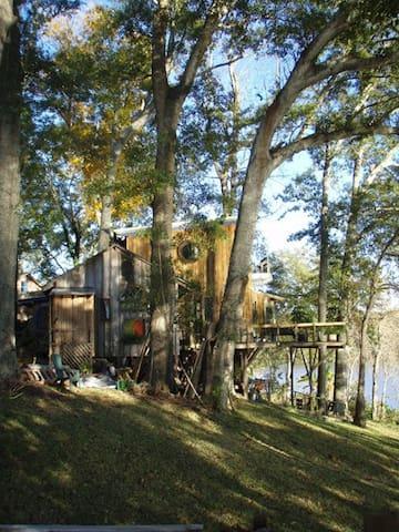 Lake/Bayou Sanctuary Whole Cottage - Arnaudville - Houten huisje