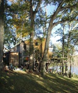 Lake/Bayou Sanctuary Whole Cottage - Arnaudville - Blockhütte