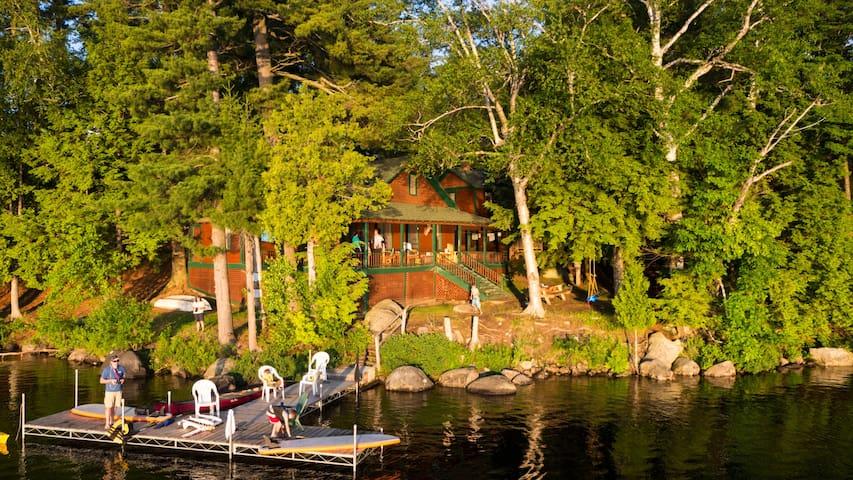 Coccia Pines - Adirondack getaway