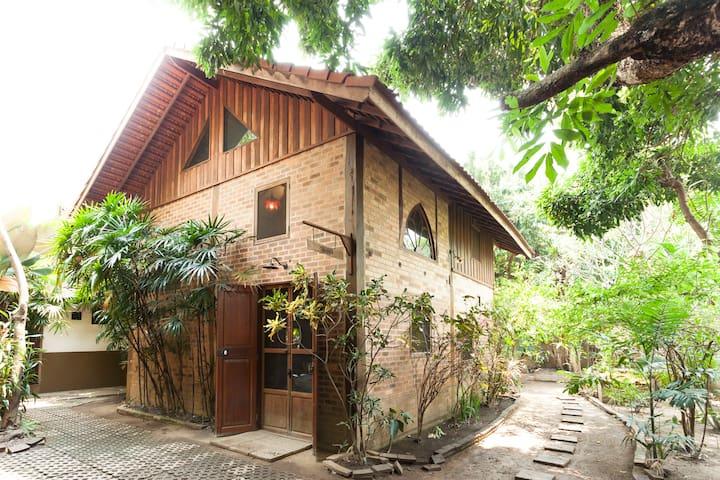 Thai-French Fusion Style Villa 1 - Chiang Mai - Villa