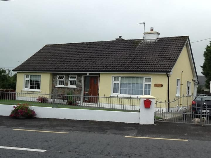 Loughrea Cottagehill Lodge, Double ensuite room