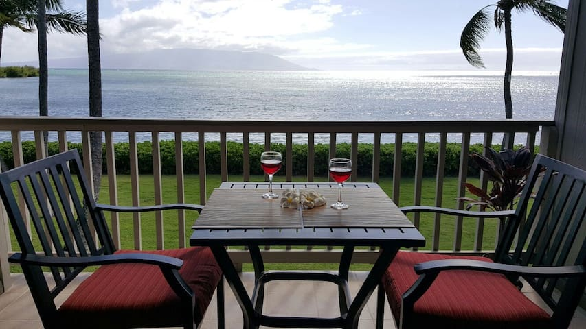 Amazing view of the ocean from your own Lanai. - Kaunakakai - อพาร์ทเมนท์