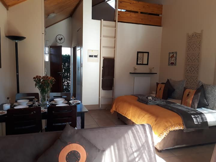 de Klerens Gems: Topaz self catering studio