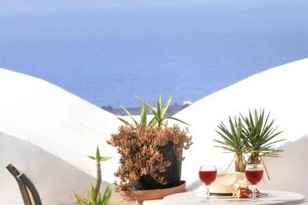 Loft studio-seaview-shared terrace - Oia - Apartment