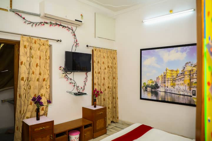 One heritage room in Udaipur - Aroma Homes