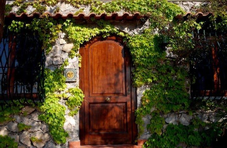 The Garden of Eden Is Closer Than We Think... - Positano - Casa de camp